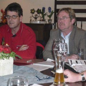 OV-Vorsitzender Richard Winkelhues mit dem Bürgermeister-Kandidaten Peter Leistner