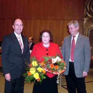Erste Gratulanten für Irmgard Wilde
